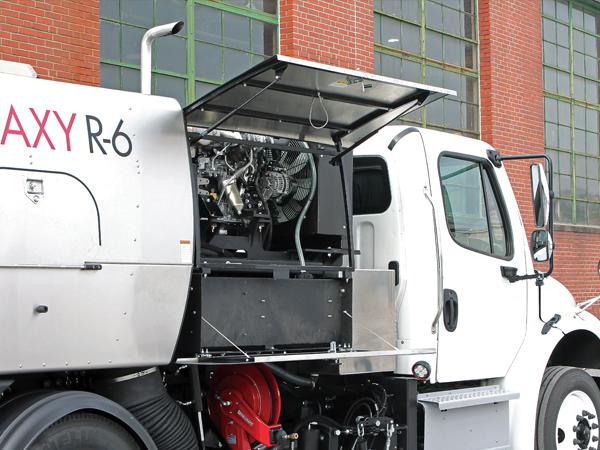 Regenerative Air Sweeper 04