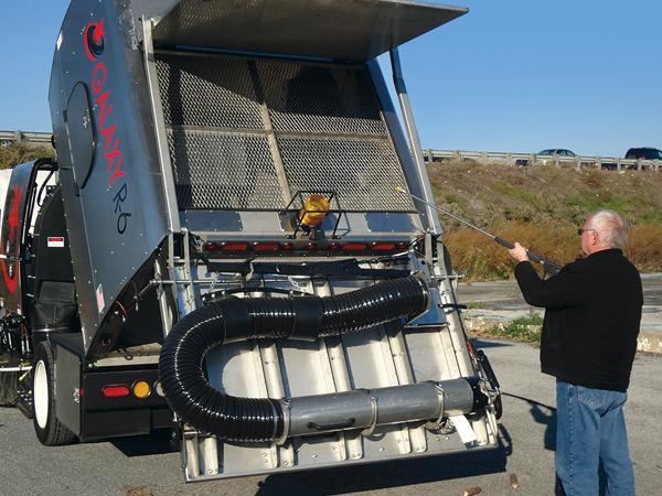 Regenerative Air Sweeper 06