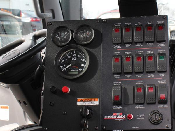 Galaxy Regen Air R6 XL Cabin Controls