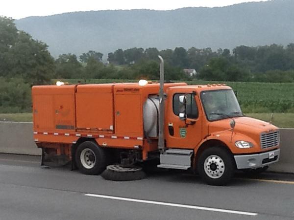 Stewart-Amos-S-5t-Highway-Sweeping